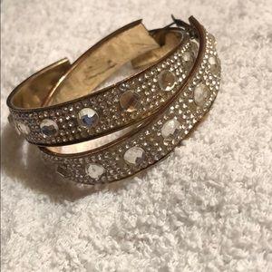 USED Cute Medium lake Crystal hoop earrings